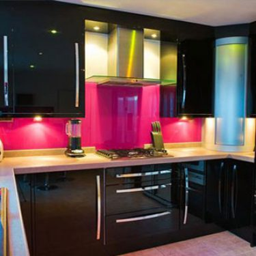 Glass splashbacks scotland coloured glass splash backs for J j bathrooms falkirk
